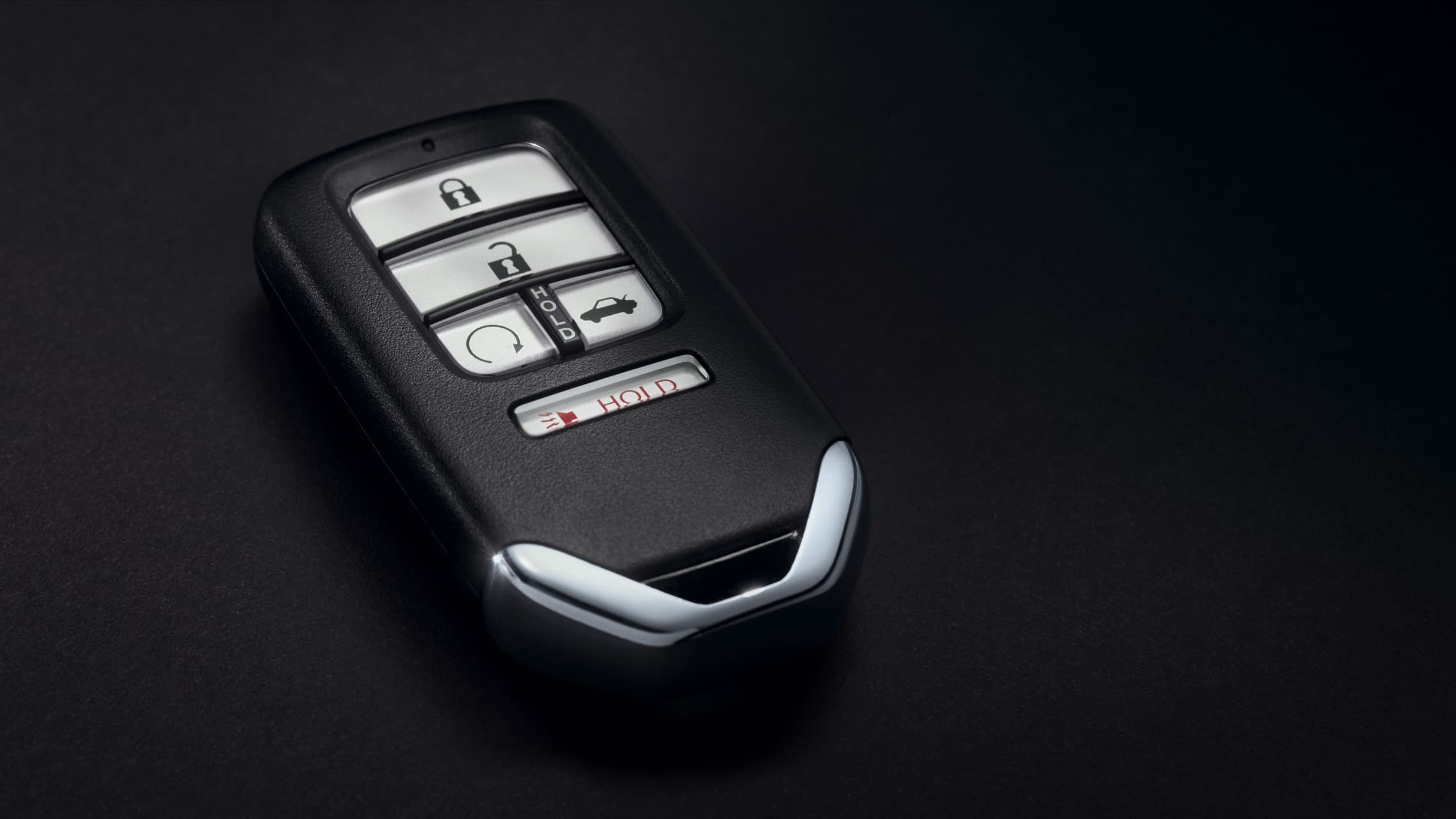 Key fob detail on 2021 Honda Insight.